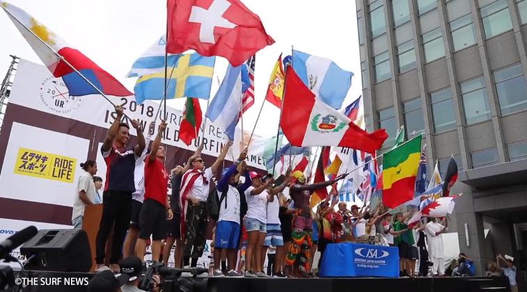 「サーフィンを通じた平和の祭典」ISAワールドサーフィンゲームス開幕初日 by THE SURF NEWS